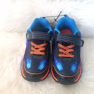 🆕️ Athletic Light Up Running Shoe Sneakers Blue 2